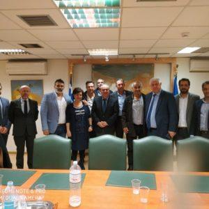 Συνάντηση των εκπροσώπων της Ομοσπονδίας Αμβυκούχων και Αμπελοκαλλιεργητών Ελλάδος, με τον Υφυπουργό Ανάπτυξης