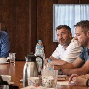"""""""Καλό καλοκαίρι"""" η απάντηση του Υπουργού Εσωτερικών στα αιτήματα των εργαζομένων στην Τοπική Αυτοδιοίκηση"""
